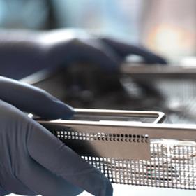 alpha med GmbH - PSA Persönliche Schutzausrüstung für die ZSVA / AEMP und zum Schutz Ihrer Mitarbeiter